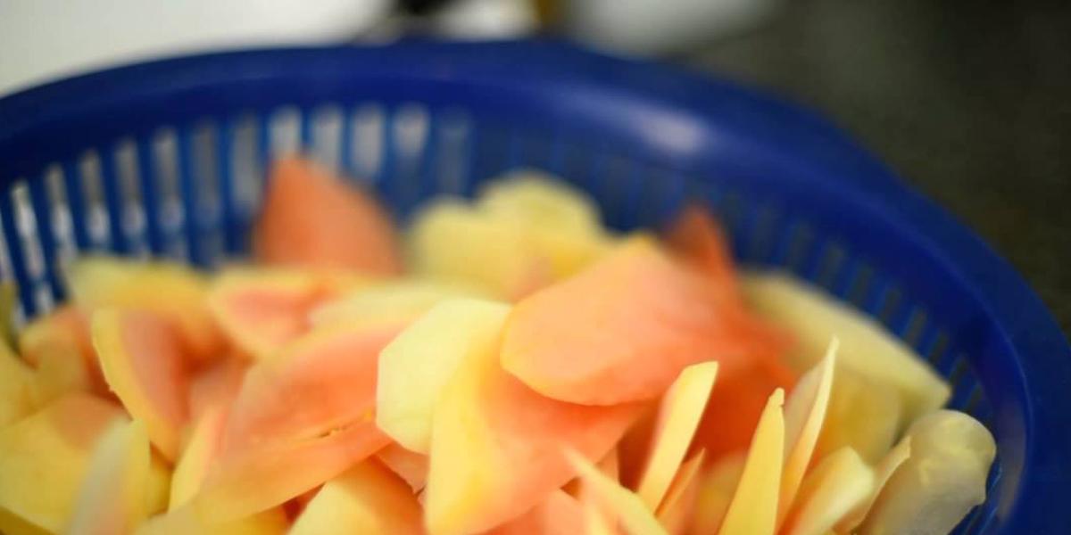 แกงส้มกุ้งสด