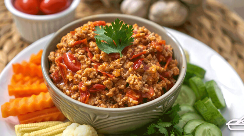 น้ำพริกอ่อง เมนูเพื่อสุขภาพ ทานคู่ผักอร่อยได้ง่ายๆ