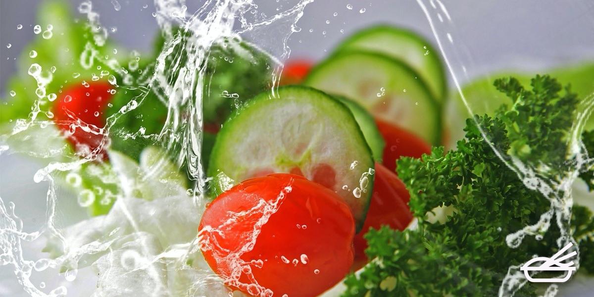 สลัดผัก เมนูดูแลสุขภาพง่ายๆทำได้ที่บ้าน